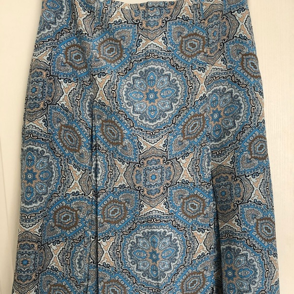 LOFT Dresses & Skirts - Brand new with tags silk skirt